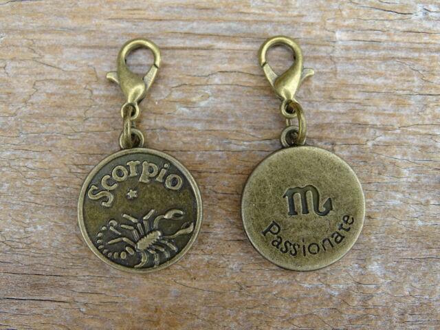 Skorpió csillagjegy antik bronz kapcsolható medál